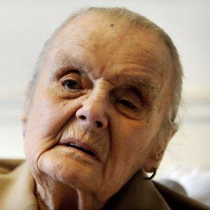 Krigskorrespondenten Clare Hollingworth blev 105 år.