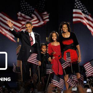 Barack och Michelle Obama med sina döttrar under segerkvällen 4.11.2008.