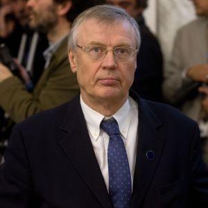 Peter Stenlund vid en Libyenkonferens i Italien i mars 2014.