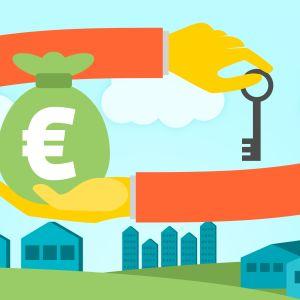 En hand håller i en nyckel och en annan hand håller i en säck med pengar