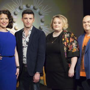 De Eurovisa: Eva Frantz, Janne Hyöty, Ellen Strömberg och Johan Lindroos.