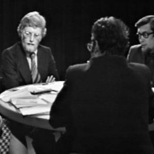 Diskussion kring Rundradion med Joan Harms och Arne Wessberg, 1974