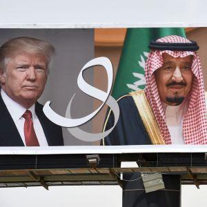 President Donald Trump och Saudiarabiens kung Salman