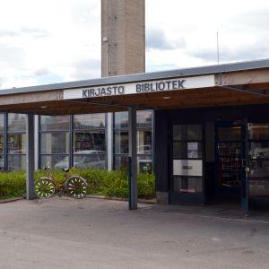 Sibbo huvudbibliotek har flyttat till Kungsvägens skolas tidigare matsal