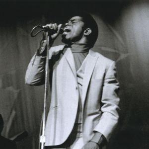 Kuva dokumenttielokuvasta Mr. Dynamite: The Rise of James Brown. Ohjaus Alex Gibney.