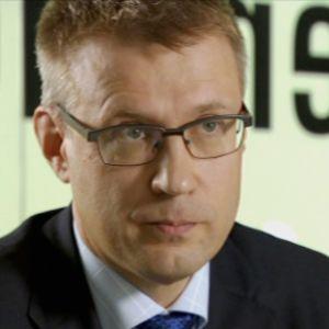 Esko Hannula on joutunut nettikiusaajien armoille valeprofiilien avulla.