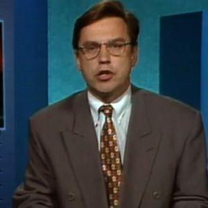 Arto Nurminen kertoo Estonian uppoamisesta tv-uutisissa 28.9.1994