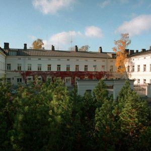 Lapinlahden sairaala syksyllä 2000, puistonäkymä