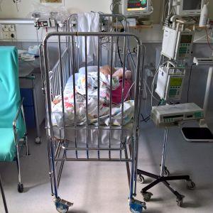 Laina sairaalan sängyssä