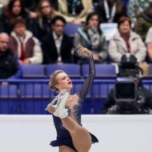 Kuvassa Emmi Peltonen taitoluistelun EM -kisoissa.