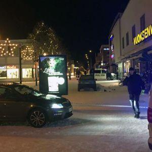 Tre skjutna till döds i nattklubben Vuoksenvahti i Imatra.