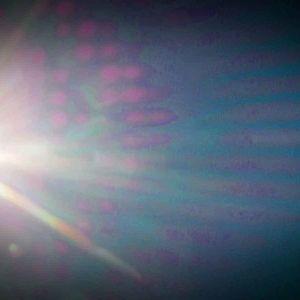 Valon heijastus, kirkas valo