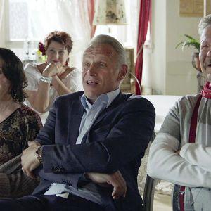 Mitä tapahtuu, kun nuoruuden ihanteet ovat menneet? Heidi Köngäksen komediaelokuva ihmisistä, joiden sielu ei ole kivettynyt.