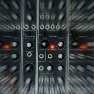 modulaarisen äänisyntesoijan kytkentätaulukko, käsitelty kuva
