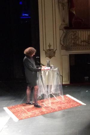 Ebba Witt-Brattström talade vid Föredragsmaraton på Svenska Teatern i Helsingfors den 8 september 2017.