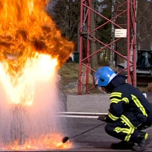 videostill från Vetamix inslag om brandsäkerhet.