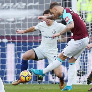 Marko Arnautovic gör mål, West Ham-Chelsea, december 2017.