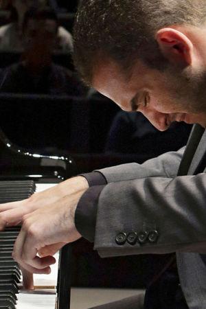 Amerikkalaispianisti Mackenzie Melemed Maj Lind -pianokilpailussa 2017.