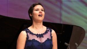 Mezzosopraano Erica Back Lappeenrannan laulukilpailujen välierässä 3.1.2016.