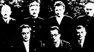 Kommunistiska internationalen, ofta kallad Komintern, år 1935 med Otto Wille Kuusinen uppe till vänster