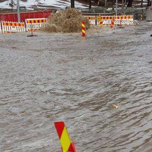Helsingegatan svämmade över 20.1 2017 pga ett sprucket rör.