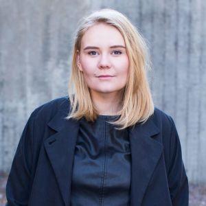 Lina Raunio, webbredaktör för Svenska Yle, JustNu
