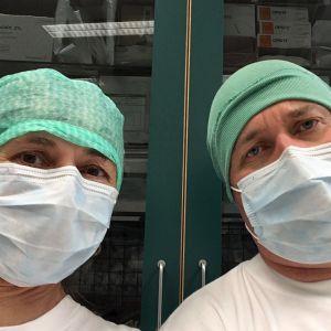 Elossa 24h-sarjan kuvausryhmä Töölön sairaalassa