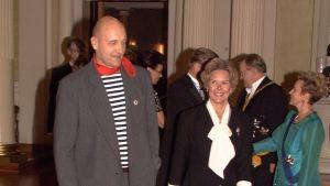 Klaus Bremer på väg in i presidentens slott