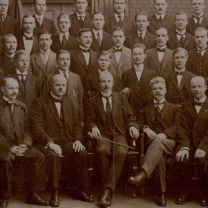 Helsingin Työväenyhdistyksen mieskuoro 1913