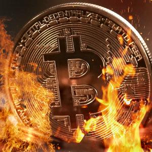 Bitcoin som brinner.