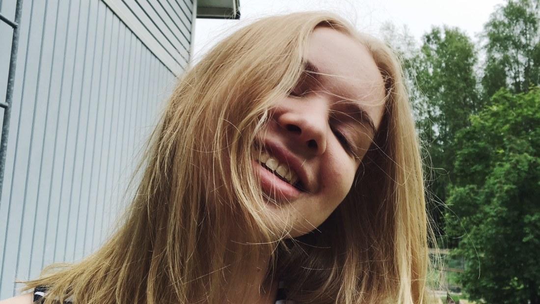 Kesäkuulumiset - SM-kisat ja YO-kokeet kuuluvat Lotan lomaan | Artikkelit | Uusi päivä | yle.fi