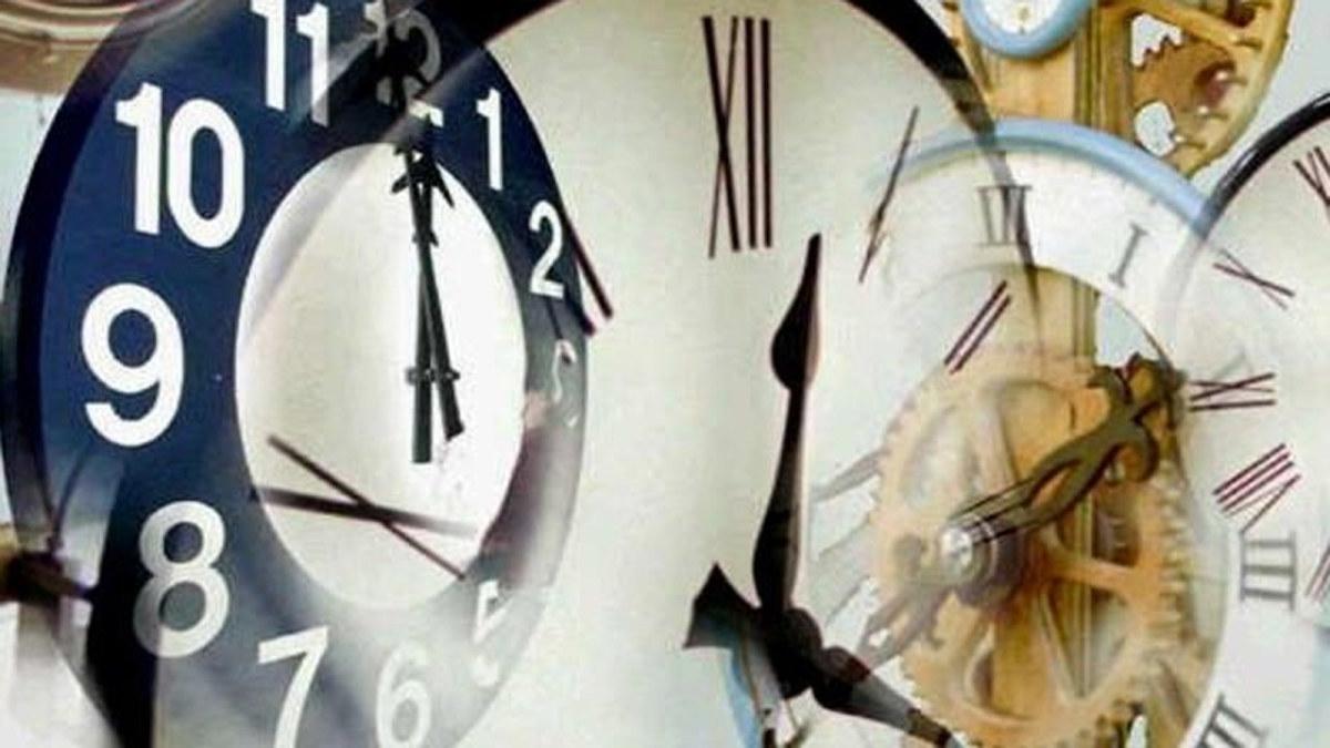 Klocka med visare.