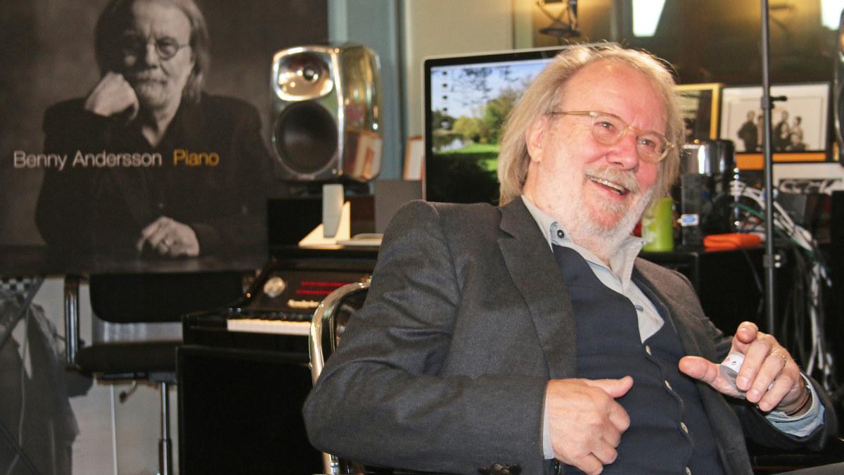 Benny Andersson en su taller en Skeppsholmen en Estocolmo.