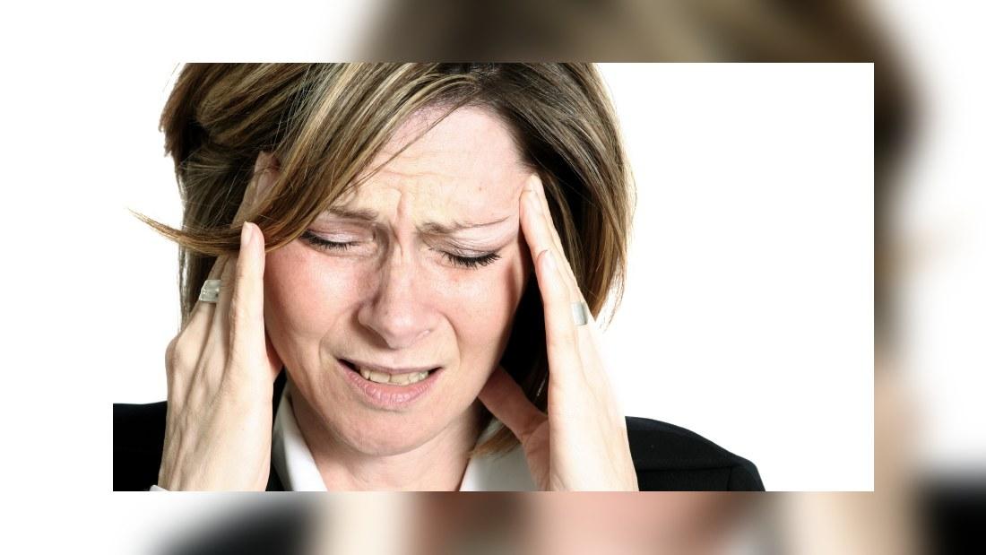 ont bakom ögonen huvudvärk