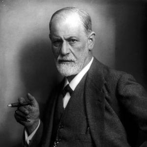 Sigmund Freud sikari kädessä