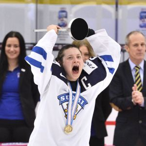 Jenni Hiirikoski firar bronset i VM 2015.