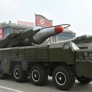 Musudan-missilen visas upp i samband med en militärparad i Pyongyang i oktober 2010