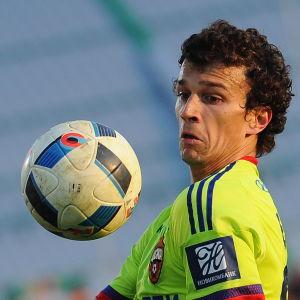 Roman Eremenko håller än så länge till i CSKA Moskva.