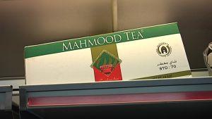 Mahmood Tea har god åtgång i butiksbilen.