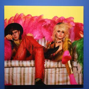 Vid Logomi finns i sommar en utställning med bilder på Hanoi Rocks.