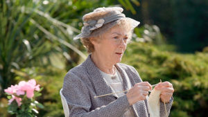 Ykkönen esittää kesän aikana yhteensä 12 Neiti Marple -tarinaa.