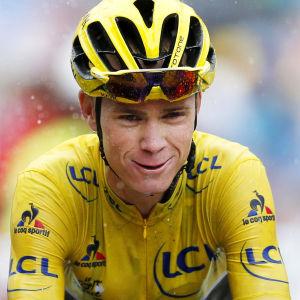 Chris Froome vet att han är på väg mot en ny seger på Tour de France.