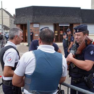 Poliser i St-Etienne-du-Rouvray