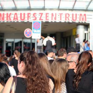Minnesstund för offren i München