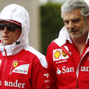 Kimi Räikkönen och Mauricio Arrivabene i Monaco 2016.