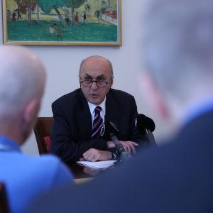 Turkiets ambassadör i Finland, Adnan Başağa, höll presskonferens den 21 juli 2016.