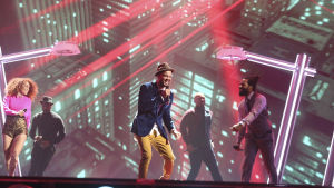 Guy Sebastian på Eurovisionsscenen.