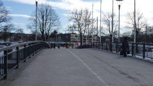 Bro i Salo centrum.