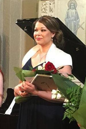 Toivo Kuula -laulukilpailun 2016 voitti sopraano Silja Aalto (keskellä), toiseksi tuli tenori Mika Nisula ja kolmanneksi sopraano Annami Hylkilä.