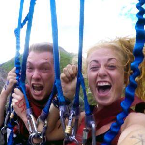 Mimmi Björklund, X3M vloggare och hennes kompis, skärmdump ur vloggginlägg